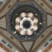 モスク内部の天井