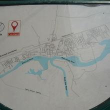 クウェー川は、鉄橋とともに、観光分野において重要な役割を担っています。