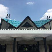 クアラルンプール駅前にあるモスク