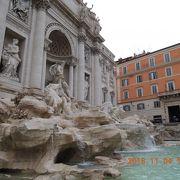 ローマに行ったらトレビの泉