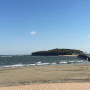 波は穏やかでした。