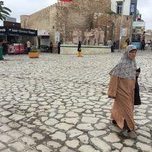 ファルハット ハシェド広場