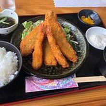 ヤマバレ牧場 ポーザーおばさんの食卓