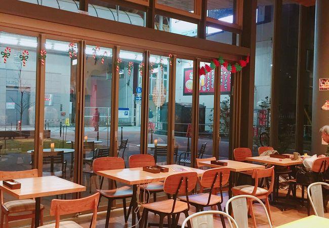 フタバフルーツパーラー 周南市立徳山駅前図書館店