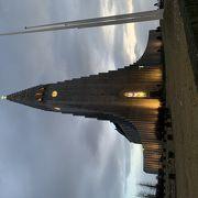 滞在中、何度も通いたくなる美しい教会です!