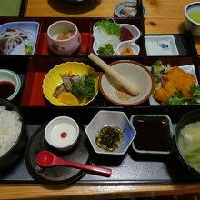 あれこれ楽しめる、日本最南端終着駅弁当
