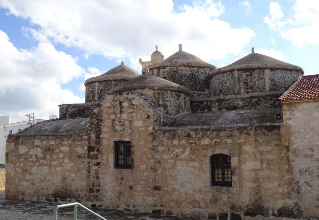 聖パラスケビィ教会