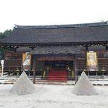 上賀茂神社の立て砂 (盛砂)