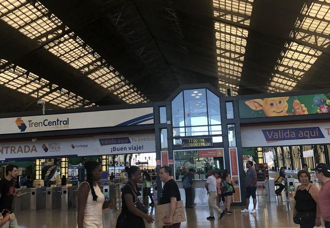 サンチアゴ中央駅