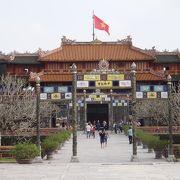 広大な王宮