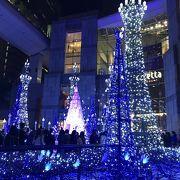 クリスマスイルミネーションは青系で素敵。カレッタ汐留