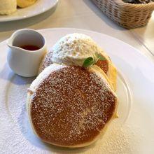スタンダードなパンケーキ