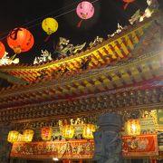 きらびやかな寺