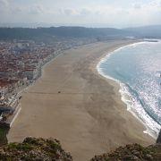 砂粒も小さくてきれいなビーチです。ぜったいオススメ。
