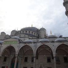 修復中のブルーモスク見学でした。