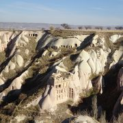ワイン造り等のため鳩の糞を集め肥料としていた谷
