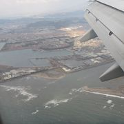 松山空港着陸寸前に上空から