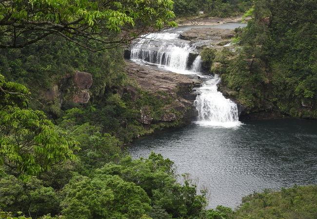 日本の滝100選に選ばれている滝