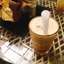 カフェ スモーガス