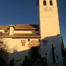 サン ニコラス教会
