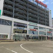 新潟駅ビルのショッピングモール