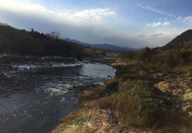 新巻遊歩道 (吾妻川自然遊歩道)