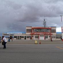 ウユニ空港 (UYU)