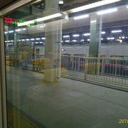 新幹線から在来線特急いなほに楽々乗換可能