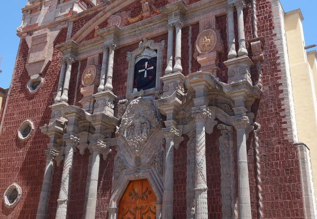 大聖堂(サン・フェリペ・ネリ教会)