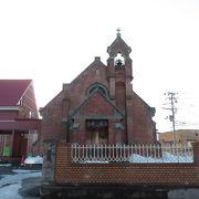 大正10(1921)年築のレンガ造りの教会