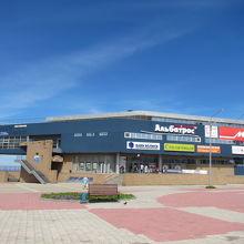 スタリーチヌイが入るホルムスクのショッピングセンター
