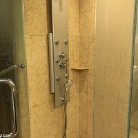 シャワーブースは、とても便利です