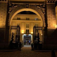 ホテル ル ルイ ヴェルサイユ シャトー Mギャラリー
