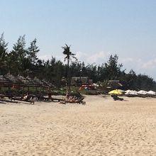 開発前の素朴なビーチです