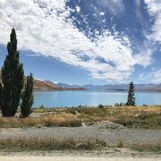 水色の美しい湖