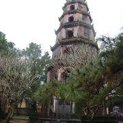 七層八角形の塔