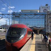 カラフルなセカンドキャリア電車たち