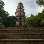 フエで一番古い寺