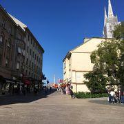 ザグレブ旧市街観光の入り口と出口に通った道です。