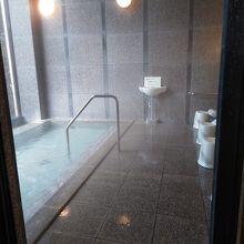 宿泊者専用風呂です。露天はありません。