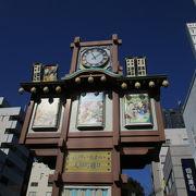 からくり人形は江戸時代の風情を感じられます。