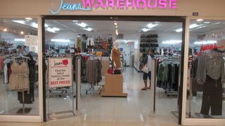 Jeans Warehouse (アガニアショッピングセンター店)
