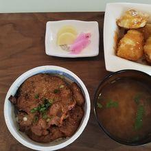 豚みそ丼小とみそポテト(単品注文)