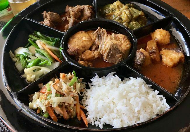 レストラン ヤンゴン