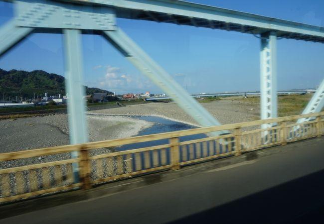 重信川といえば芋煮をする場所というイメージ