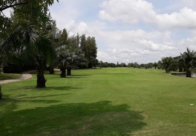 ロイヤルレイクサイド ゴルフクラブ