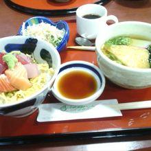 レストランの日替わり定食