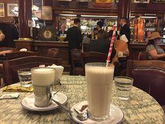 カフェ トルトーニ