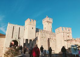 スカラ家の城