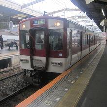 本当は上本町駅からが難波線ですが、乗換は鶴橋が便利。